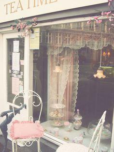 c'est la vie...Tea Time gorgeous little tea room!