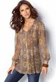 Fashion Over 50, Look Fashion, Fashion Models, Fashion Outfits, Womens Fashion, Blouse Styles, Blouse Designs, Chicos Fashion, Dress And Heels