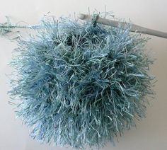 Crochet With Fuzzy Yarn Tips - need this - because it is so hard for me to crochet with fuzzy yarn
