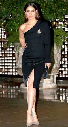 Photos: Malaika Arora, Kareena Kapoor Khan at Isha Ambani's bash Most Beautiful Bollywood Actress, Bollywood Actress Hot Photos, Indian Actress Photos, Indian Bollywood Actress, Bollywood Girls, Bollywood Fashion, Bollywood Saree, Bollywood Celebrities, Indian Actresses
