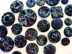 Sweet+Lot+of+Various+Vintage+Black+Plastic+Flower+by+BecaliJewels