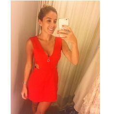 Be my Valentine!  Pra quem não sabe sou super temática entao pra mim dia dos namorados pede um vestido vermelho, achei esse lindo! ❤️ @amojolie  #valentine #diadosnamorados #temática #reddress
