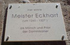 Tafel am Predigerkloster in Erfurt. Hier wirkte Meister Eckhart.