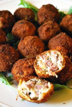 Mix up your #Oktoberfest celebration with these Mini Bratwurst & Sauerkraut Balls!