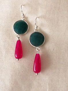 Pendiente de jade y lágrima de coral de rubí