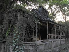 Only federally protected ghost town in USA.  Rush, Arkansas