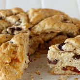 Add kalamata olives and semi-dried tomatoes to create a unique damper. Cooking For A Crowd, Cooking Tips, Cooking Recipes, Coles Recipe, Baking Flour, Dried Tomatoes, Tray Bakes, Quick Easy Meals, Favorite Recipes