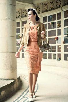 Idda van munster: ožujka 2014 idda van munster стиль, ретро мода і ретро ст Retro Mode, Vintage Mode, Moda Vintage, Retro Vintage, Fashion Mode, Fashion Over 50, Retro Fashion, Vintage Fashion, Club Fashion