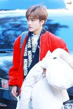 I thought he was holding that thing from Big Hero 6 Rain Jacket, Bomber Jacket, Nct Dream Jaemin, Lucas Nct, Huang Renjun, Mark Nct, Na Jaemin, Big Hero 6, Winwin