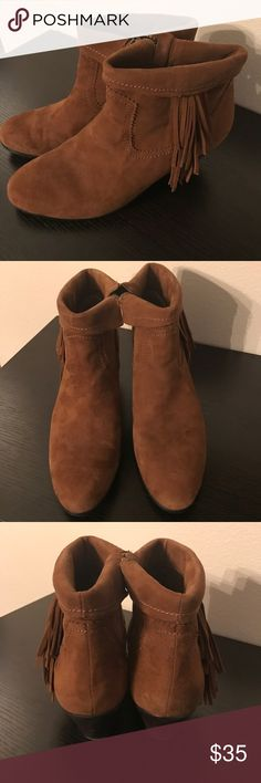 Sam Edelman Louie Bootie This bootie is camel colored and has fun fringe detail. Zips on the inside of the boot. Worn once. Great condition, no flaws. Sam Edelman Shoes Ankle Boots & Booties