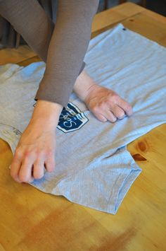 How To Fold A T-Shirt Like A Pro! {Video}. This trick will amaze you!