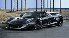 The Hennessey Venom GT Spyder smashed the top speed drop top record once held by the Bugatti Veyron Super Sport Vitesse. The Bugatti held the record with a Porsche 918, Koenigsegg, Bugatti Veyron, Supercars, Dream Cars, Lotus Sports Car, Hennessey Venom Gt, Automobile, Bonneville