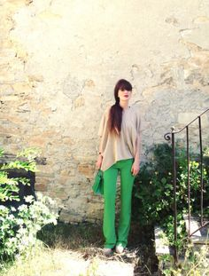 GREEN PANTS di fashionamy su @STYLIGHT  #green #outfit #pants #cool #girl #fashionblogger #fashionblog #revival #summer #cashmere