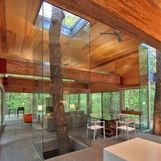 LOVE. This is a nature-lover's dream house.