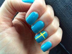 * Swedish Flag Nail Art