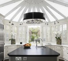 , Appealing Contemporary Conservatory Kitchen Design Also Traditional Windows With White Blinds Also Modern Chrome Wall Lights Design Also Modern Chandelier Design Also Classic Kitchen Island Style: Modern Conservatories for Sunroom and Kitchen Kitchen Chandelier, Modern Chandelier, Chandelier Lamp, Beautiful Kitchens, Cool Kitchens, Modern Kitchens, Coastal Kitchens, White Kitchens, Beautiful Homes