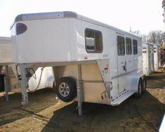 New Sundowner Aluminum 3 Horse Gooseneck Rubber Floor Mats, Rubber Flooring, Roof Vents, Saddle Rack, Sliding Windows, Aluminum Wheels, Recreational Vehicles, Horses, Camper