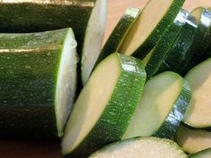"""Le zucchine: Leggere & """"un alimento d'estate""""!!!"""