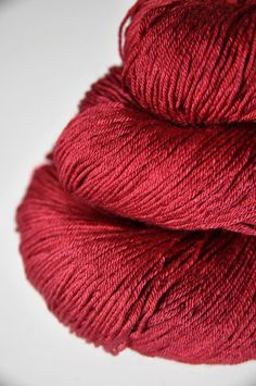 Hot desire  Merino/Silk superwash yarn fingering by Dyeforwool