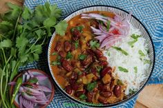 My Dad's side of the family is from Jammu, a state in northern India where rajma chawal is the ultimate comfort food. This rajma recipe is very special as I learnt how to make it from my dadi… Kidney Bean Curry, Kidney Beans, Rajma Recipe, Coriander Powder, Clarified Butter, Garam Masala, Kung Pao Chicken, Cilantro, Happy Friday