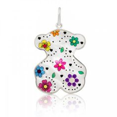 Looking for a diamond pendant? The TOUS online jewelry store offers a great variety of pendants made with precious gemstones, rimmed in gold or silver. Crystal Bracelets, Bracelet Designs, Jewelry Stores, Diamond Pendant, Jewelry Making, Jewels, Gemstones, Christmas Ornaments, Holiday Decor