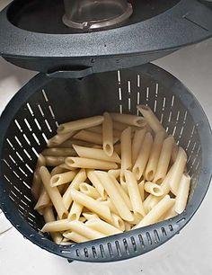 Cómo cocinar pasta con Thermomix « Trucos de cocina Thermomix Pasta Thermomix, Food N, Food And Drink, Sweet Recipes, Healthy Recipes, Crazy Cakes, Bon Appetit, Pasta Recipes, Food To Make