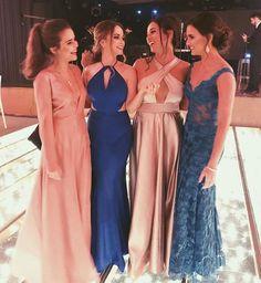 """957 curtidas, 4 comentários - Vestidos de Festa (@vestidodefestas) no Instagram: """"Qual o favorito de vocês? #vestidodefesta #partydress #madrinha #madrinhas #dress"""""""