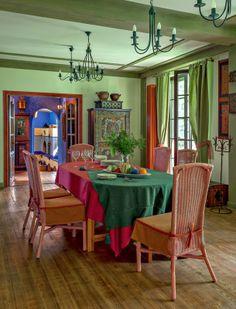 Boho dining room <3 ............ Keltainen talo rannalla: Kolme persoonallista kotia