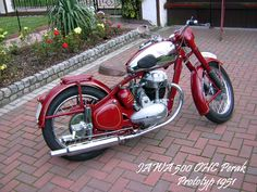 Prototyp Jawa 500 OHC from 1951 Prototyp Jawa 500 Vintage Bikes, Vintage Cars, Moto Jawa, Tracker Motorcycle, Photo Canvas, Shutter Speed, Cars And Motorcycles, Deviantart, Canvas Prints