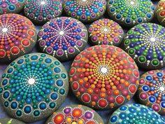 36 nouvelles idées pour faire de la peinture sur galets