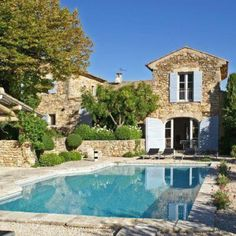 For sale in the heart of the Luberon, restored hamlet with 3 swimming pools … – Stone House