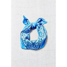 Urban Renewal Vintage Well Worn Bandana ($6) ❤ liked on Polyvore featuring accessories, blue, blue handkerchief, paisley bandana, blue bandana, vintage bandana and vintage handkerchiefs