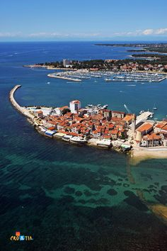 Umag - a city of tourism and sports which is most close to the world through its tennis. It has been the host to the ATP tournament for years, and many of the greats of this white sport. The tourist offer is truly very rich: sea, beaches, greenery, sports facilities on the coast and caving and mountain terrains in the hinterland...