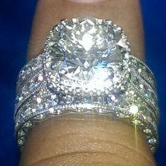 Jewelry Diamond : 5.25 carat Tacori diamond engagement and eternity bands set in 18 karat white go
