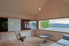 Oslo Norway: House in Holmestrand by Schjelderup Trondahl Architects Norwegian House, Norwegian Style, Contemporary Architecture, Interior Architecture, Interior And Exterior, Interior Design, Wooden House Design, House Built, Detached House