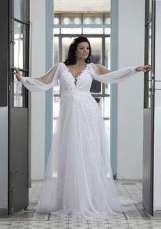 Loose Long Sleeve Wedding Dress for Plus Size Brides by Darius Bridal long sleeve plus size wedding dresses with an empire waistline Wedding Dress Sleeves, Long Sleeve Wedding, Dresses With Sleeves, Lace Wedding, Wedding Ceremony, Summer Wedding, Formal Wedding, Rustic Wedding, Dream Wedding