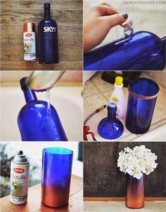 DIY - Vase From A Bottle · Una botella vacía de vodka · Una lata de pintura en aerosol metálico · Una cuerda de algodón · Un encendedor · Algunos quitaesmaltes