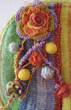 """Artes da Cris"": Outubro 2010 crochet flower"