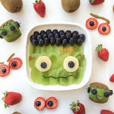 Made from recycled milk jugs! These colorful bowls are perfect for soups, snacks and cereal. Healthy Halloween Snacks, Healthy Snacks For Kids, Halloween Fruit, Healthy Meals, Halloween Party, Healthy Food, Healthy Recipes, Toddler Meals, Kids Meals