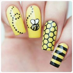 BEE NAILS Bee nails for