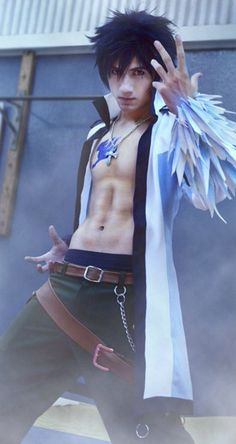 Gray Fullbuster from Fairy Tail Cosplay || anime cosplay. I like the way he made the ice around his hands! (I know him)
