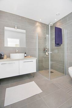 New Bathroom Renovations Ideas Layout Ideas Bathroom Renos, Laundry In Bathroom, Bathroom Flooring, Bathroom Renovations, Bathroom Interior, Modern Bathroom, Small Bathroom, Bad Inspiration, Bathroom Inspiration