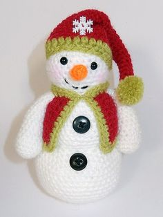 Frosty, Freezy and Fred amigurumi pattern by Janine Holmes at Moji-Moji Design