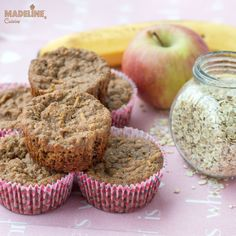 Briose dietetice cu mere, banane si ovaz / Diet apple, banana and oat muffins Banana Oat Muffins, Banana Oats, Raw Vegan Recipes, Vegan Food, Baby Food Recipes, Feta, Yogurt, Apple, Snacks