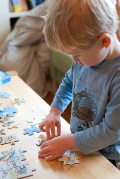 Πώς μπορούμε να απασχολήσουμε τα παιδιά ευχάριστα και δημιουργικά στο σπίτι τις ώρες που θέλουμε να αποφύγουμε την τηλεόραση ή τα ηλεκτρονικά;