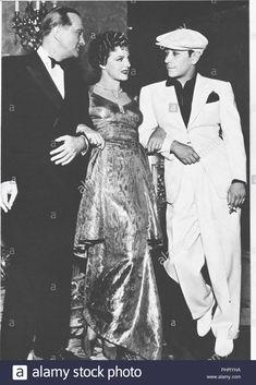 1947 Press Photo Virgina Hill girlfriend of Bugsy Siegel Returning Bugsy Siegel, Las Vegas, Quick Draw, Press Photo, Good Old, Classic Hollywood, Girlfriends, History, Banquet