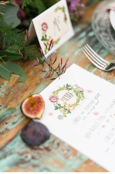Botanical Wedding Inspiration - photo: Anushé Low - www.anushe.com  http://www.hochzeitsguide.com/de/styled-shoots/botanicals-and-berries-faszinierendes-blumenshoot-von-anushe-low-photography#english