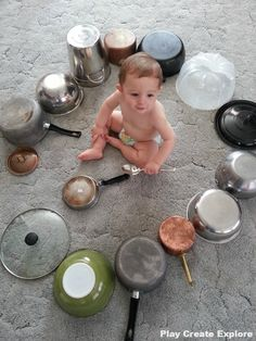 Baby Drums - Set them up and keep them busy :) Music Activities, Infant Activities, Activities For Kids, Sensory Activities, Baby Sensory Play, Baby Play, Baby Toys, Learning Games For Kids, Games For Toddlers