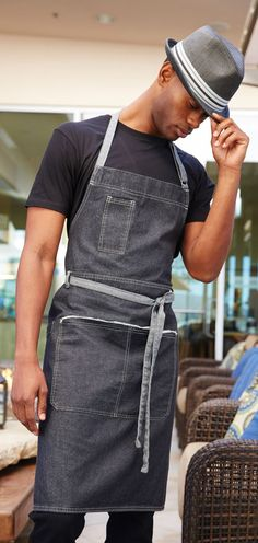 Could be an apron the employees to wear.  Rustic blue apron | https://lomejordelaweb.es/