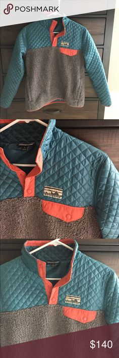 Women's Patagonia Rare find. Patagonia half zip. Women's size small. Patagonia Jackets & Coats